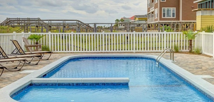 Pool fencing requirements qld for Pool fence design qld