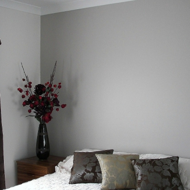 Subdued bedroom colour scheme