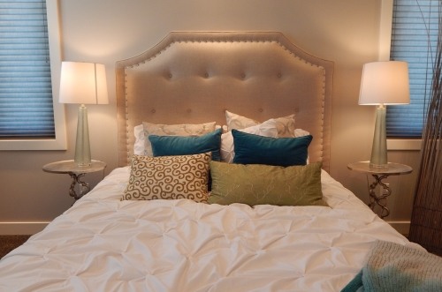 Elegant headboard design