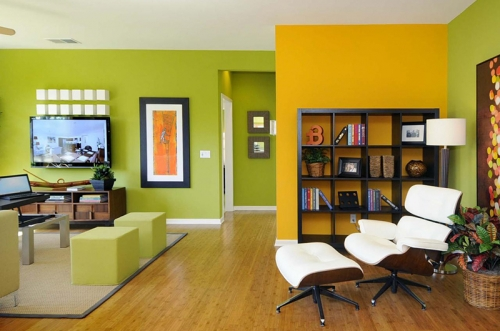 Modern, colourful living room