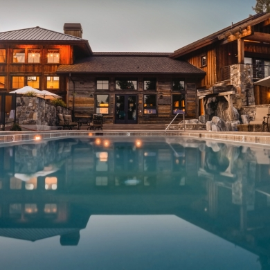 Outdoor cabin pool