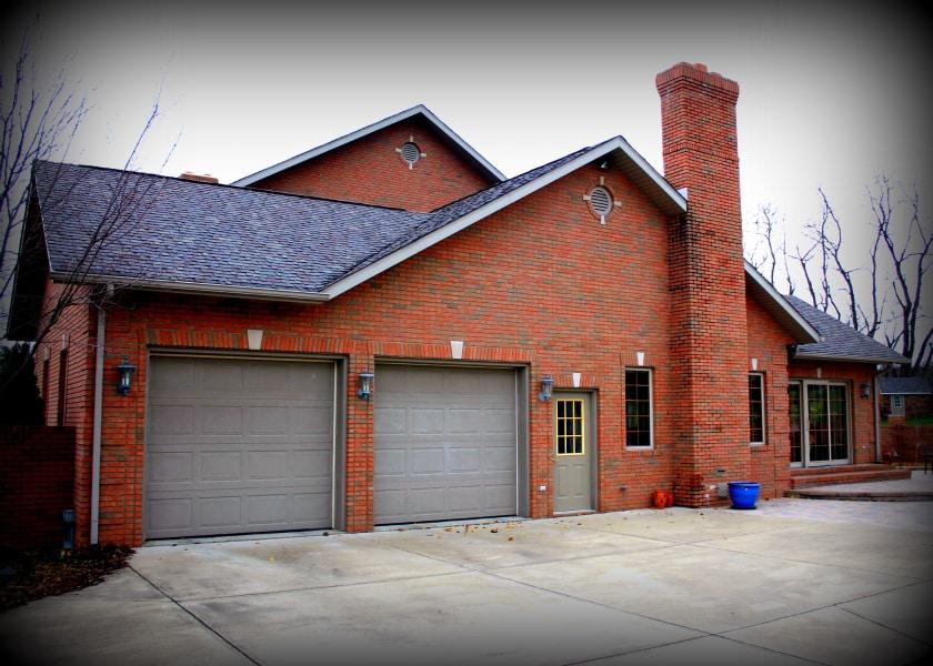 Garage door options what works best for your home for How garage door works