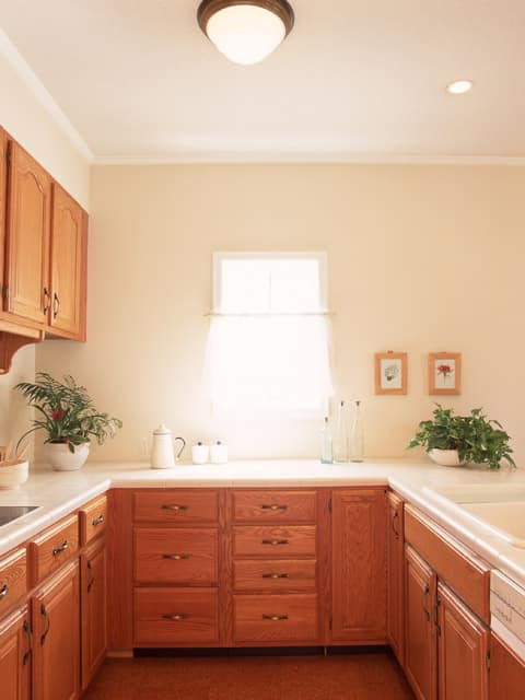 Update your kitchen on a shoestring budget for Update your kitchen on a budget