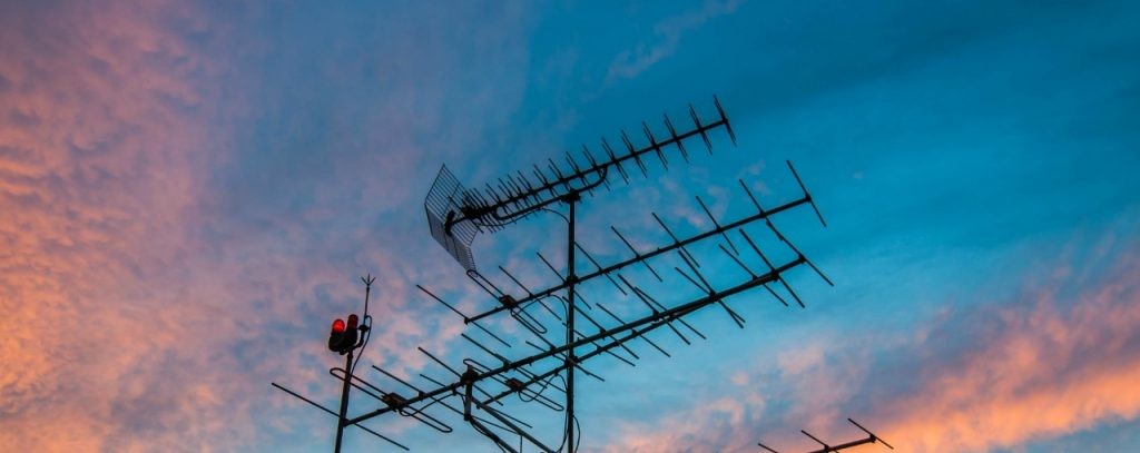cost of antenna service