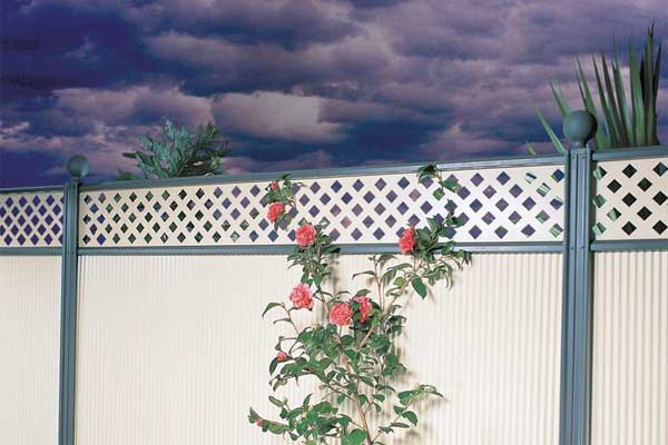 Cost of Fence Installation & Fence Cost Estimator - ServiceSeeking