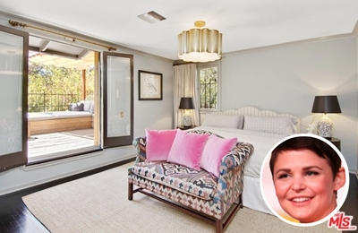 Ginnifer Goodwin's simple white paint colour bedroom