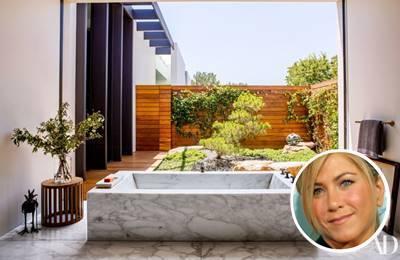 Jennifer Aniston's marble paint colour scheme