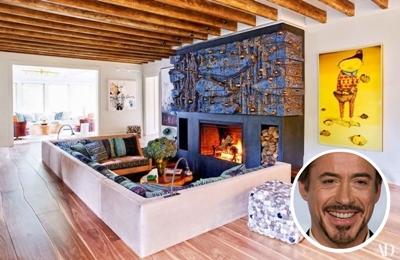 Robert Downey's bright paint colour living room