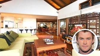 Chris Hemsworth home photo