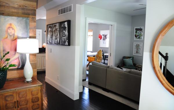 white theme livingroom